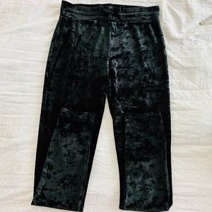 Garage Velvet Black Leggings. Size Medium